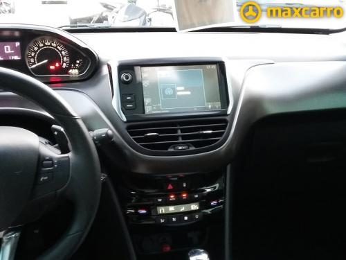 Foto do veículo PEUGEOT 2008 Griffe 1.6 Flex 16V 5p Aut. 2016/2015 ID: 35870
