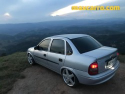 GM - Chevrolet Corsa Sedan 1.0 MPFI 8V 71cv 4p 2003/2003