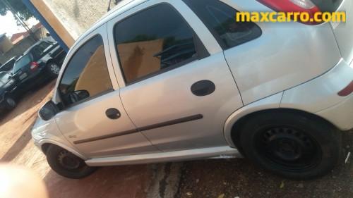 Foto do veículo GM - Chevrolet Corsa Hat. Maxx 1.8 MPFI 8V FlexPower 5p 2005/2005 ID: 75750