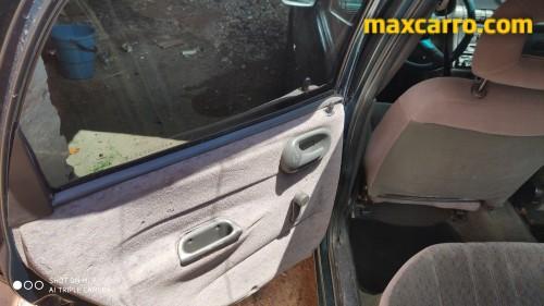 Foto do veículo GM - Chevrolet Corsa GLS 1.6 MPFI 5p 1997/1996 ID: 76096