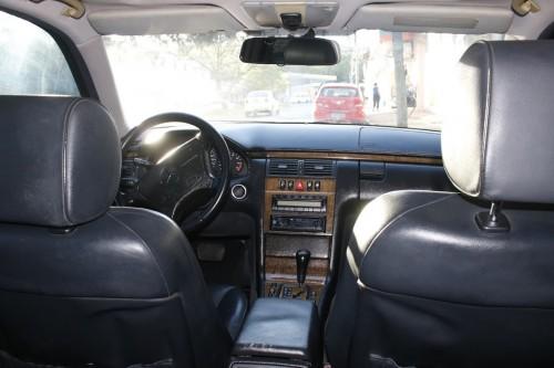 Foto do veículo Mercedes-Benz E-320 Avantgarde 1999/1998 ID: 76374