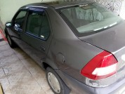 Ford Fiesta Sedan Street 1.0 8v 4p 2002/2003