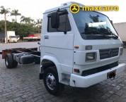 VOLKSWAGEN 8-140 2p (diesel) 1999/1999