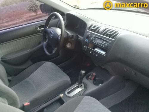 Foto do veículo HONDA Civic Sedan LXL 1.7 16V 130cv Aut 4p 2004/2004 ID: 41380