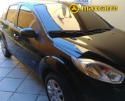 FORD Fiesta Sedan SE 1.6 8V Flex 4p 2014/2014